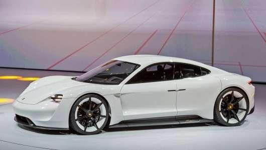 Офіційно: Porsche прощається з дизелями