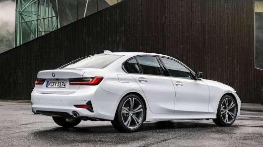 2019 BMW 3-Series (G20) дебютувала на Паризькому автосалоні