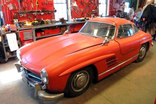 Цей автомобіль від Мерседес навіть не їздить, але його готові купити майже за $1 млн
