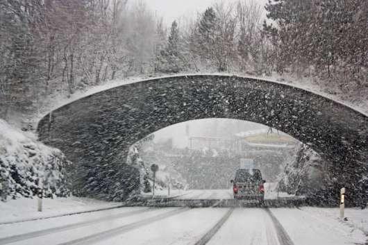 Що нас дратує взимку на російських дорогах? Водії, дорожники, температура...