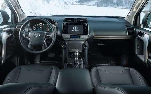 Топ-5 фактів про нової російської версії позашляховика Toyota Land Cruiser Prado