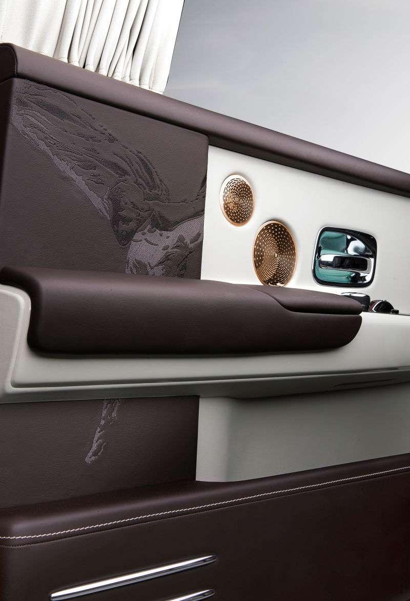 Ось деякі з найбільш незвичайних автомобілів Rolls-Royce, виготовлених на замовлення в минулому році