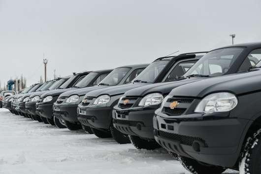 Наскільки подорожчали автомобілі за 10 років: флешмоб «#10YearChallenge»