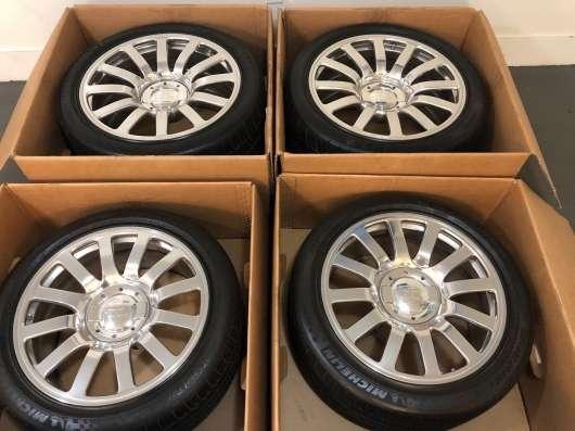 Старі колеса від Bugatti Veyron за вартість будинку в США!