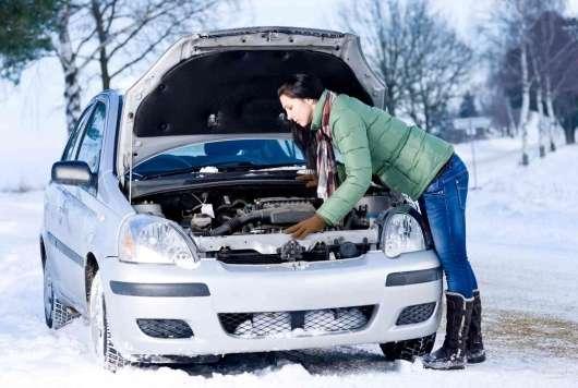 Чи потрібно прогрівати двигун узимку: думка інженера NASCAR