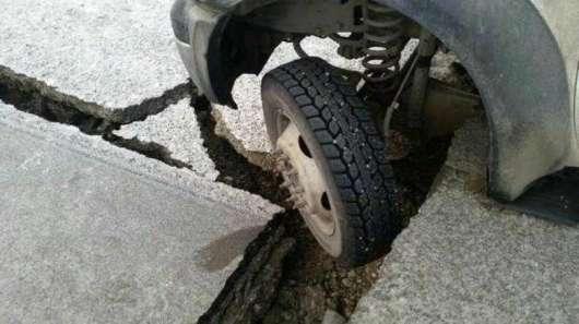 Навіщо депутати хочуть долучити укладених до будівництва доріг?