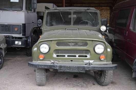 У Білорусії Комітет безпеки розпродає старі імпортні автомобілі – дешево