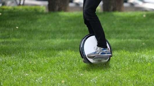 Не тільки на велосипеді. Ось транспортні засоби, для яких вам не потрібні водійські права