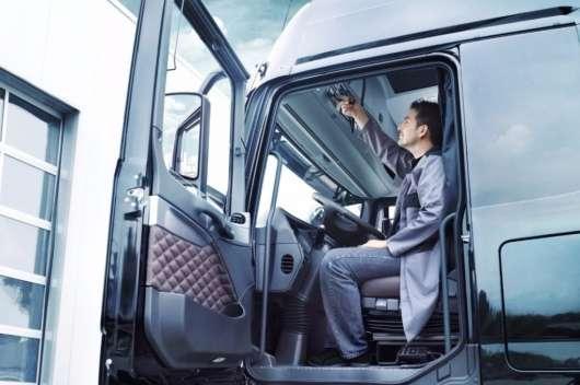 За кермом – не більше 9 годин: новий головний біль для водіїв (Питання-відповідь)