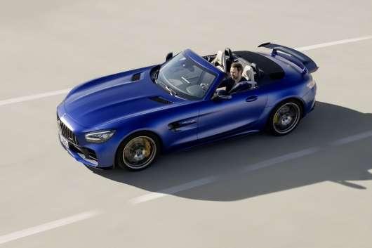 Мерседес розширює спортивну лінійку новим топовим родстера Mercedes-AMG GT-R