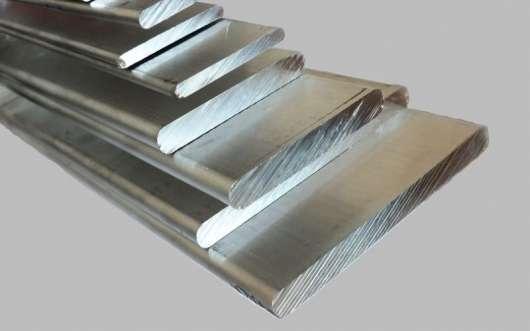 Чому деякі двигуни відлиті з алюмінію, а деякі з чавуну? Які з них краще?