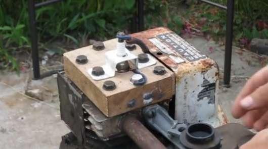 Чи зможе працювати двигун з деревяною головкою блоку: експеримент