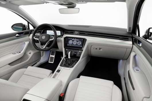 Все, що ви хочете знати про оновлений VW Passat