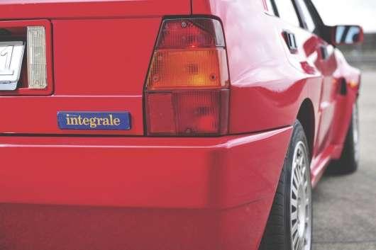 Спортивні машини 80-х - це було час справжніх автомобілів