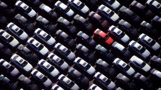 Що економічно вигідніше купити новий або старий автомобіль