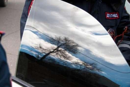 Автомобілістів продовжують заарештовувати за тонування: свіжий приклад